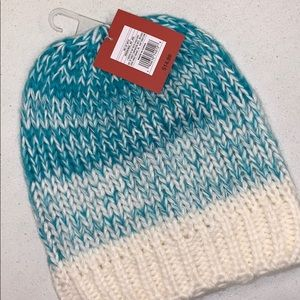 Accessories - Knitted hat
